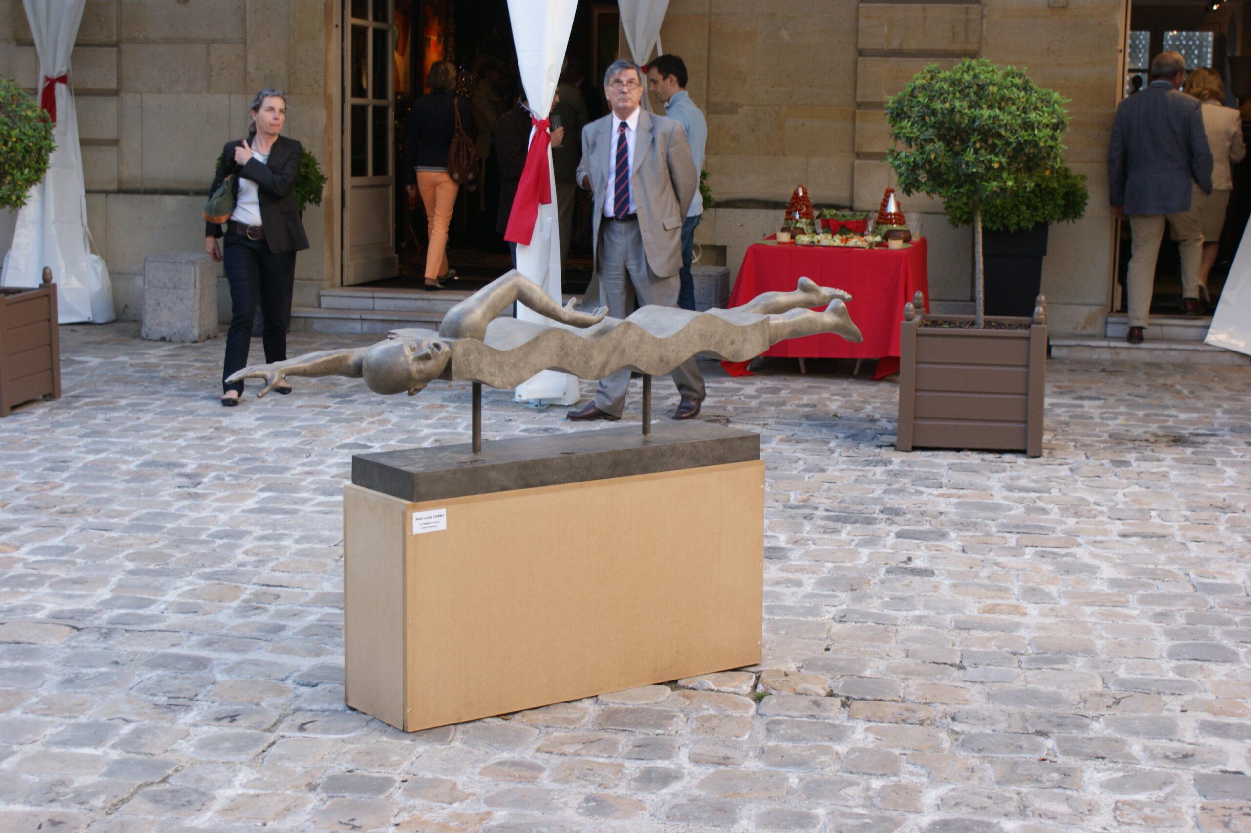 Corby - sculpture - Swimmer - © Casart