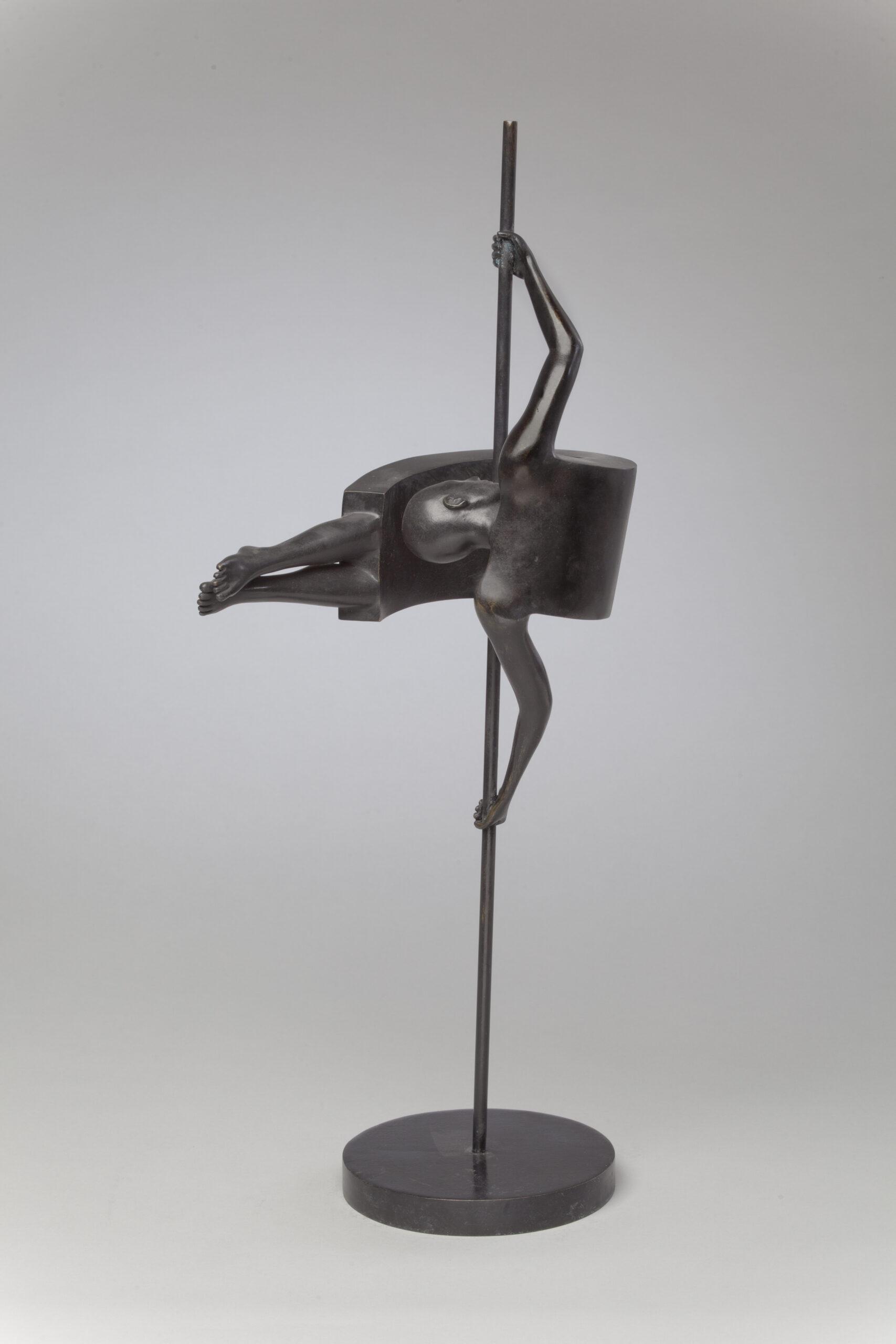 Corby - sculpture - Gymnastics - © Casart