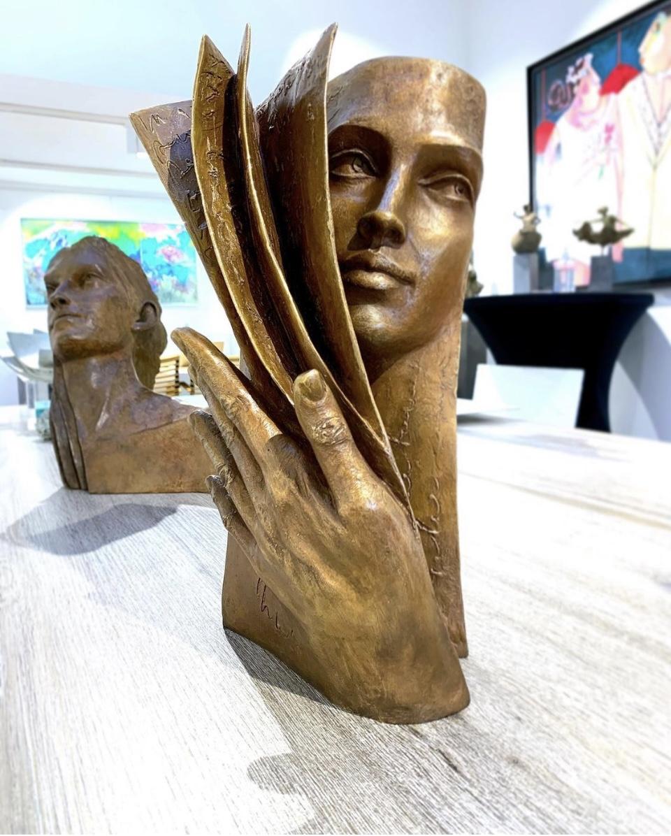 Paola Grizi - sculpture - Background - © Paris