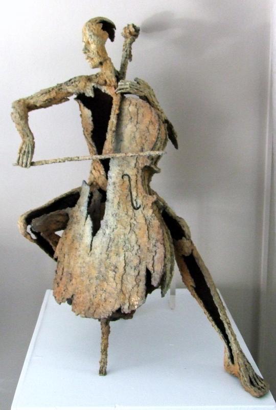 Van den Abeele - sculpture - cello - © Casart