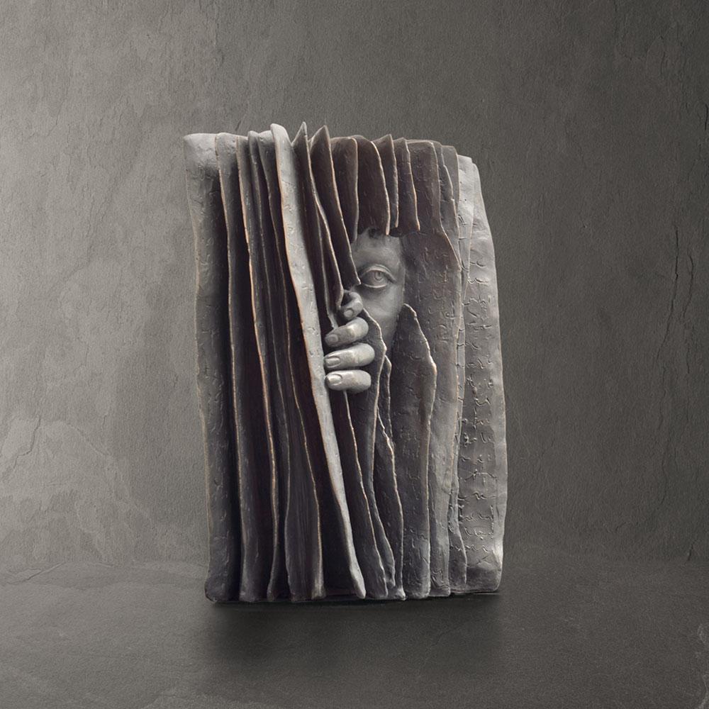Secret - Paola Grizi - sculpture bronze - © Casart